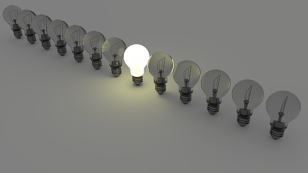light-bulbs-1125016__340