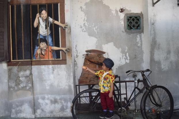 mural street art penang