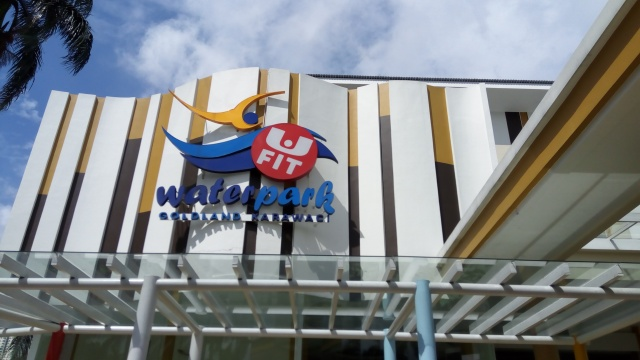 Waterpark Goldland Karawaci
