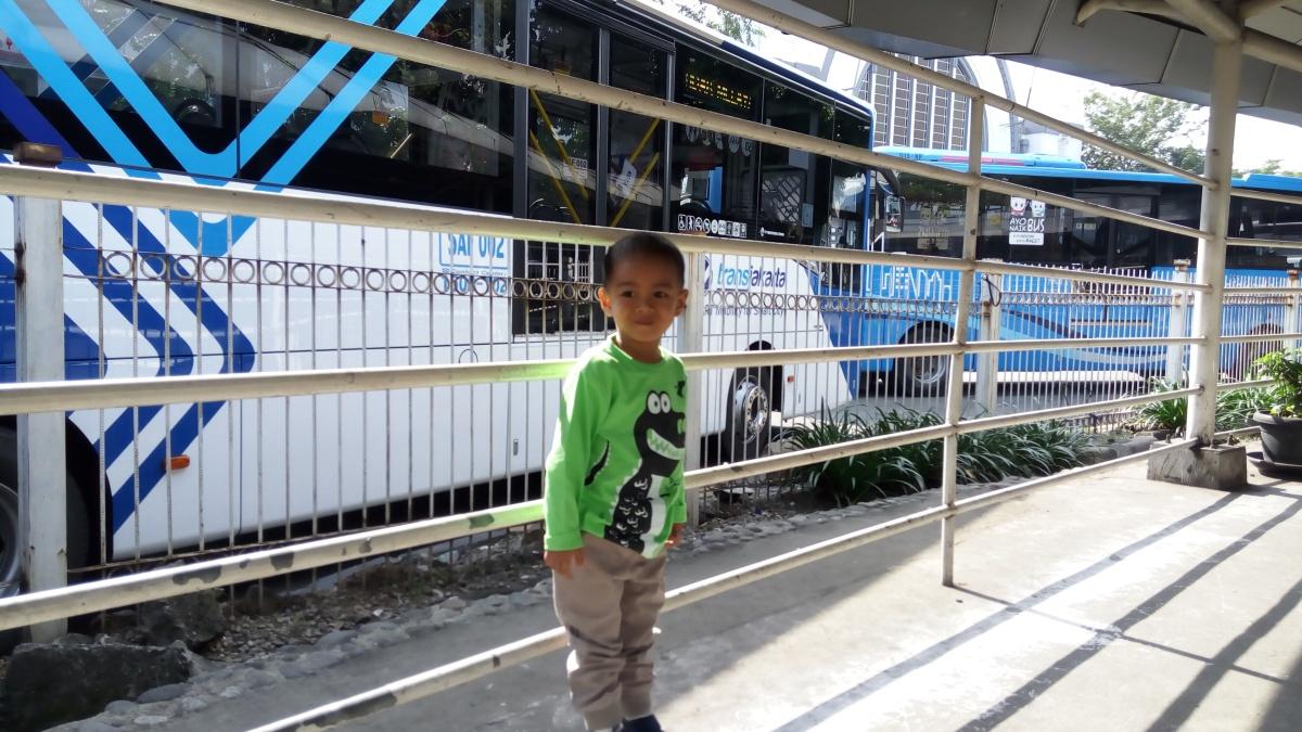 Yuk Keliling Jakarta Naik Bus Wisata